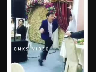 Когда с другом бахнул ещё до начала свадьбы
