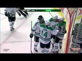 Valeri Nichushkin goal (2). Dallas Stars - Vancouver Canucks - 2:1 (11/17/2013)