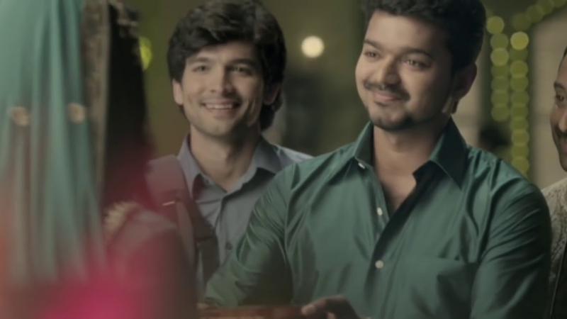 Ilayathalapathy Vijay, Fahadh Fazil Diganth in Jos Alukkas Friends TVC Ad