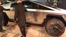 Новая tesla cyber truck test drive Обзор салона новой Тесла cubertruck тест драйв кибер трак