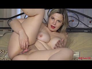 Ellariya rose - зрелое удовольствие. (#porn #solo #pussy #shaved #wet #mature #mom #masturbation)