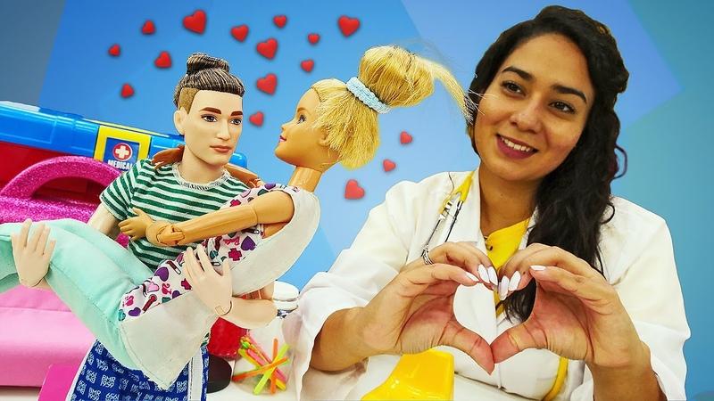 Puppenvideo mit Doktor Aua Spaß mit Barbie und Ken Barbie hat eine Erkältung
