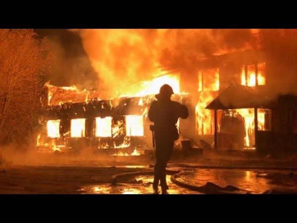 Ночью в Советском сгорела двухэтажная деревяшка