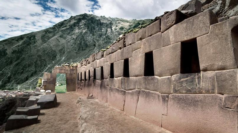 Мегалиты Ольянтайтамбо в Перу.   ВКонтакте