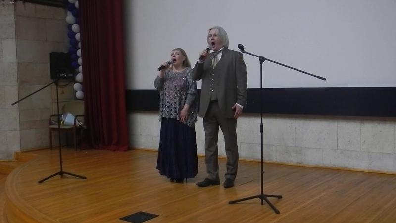 Ладога. Поют Сергей Зыков и Таисия Калинченко.