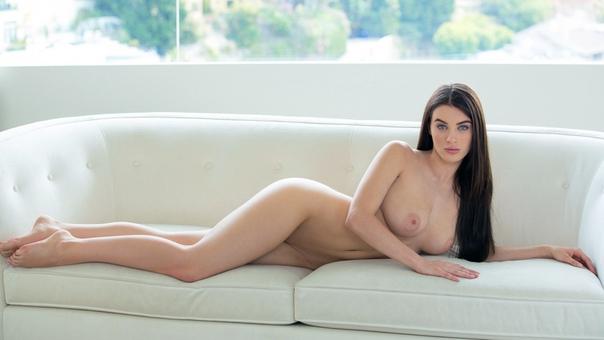Lana Rhoades 9