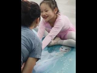 Детский коврик для йоги disney elsa, плотный удлиненный нескользящий коврик для занятий фитнесом, для начинающих