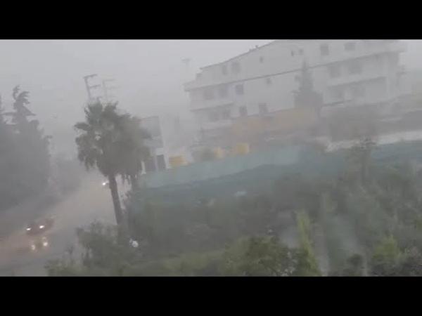 عصف مطري رهيب وعواصف رعدية تضرب اسطنبول ال 1
