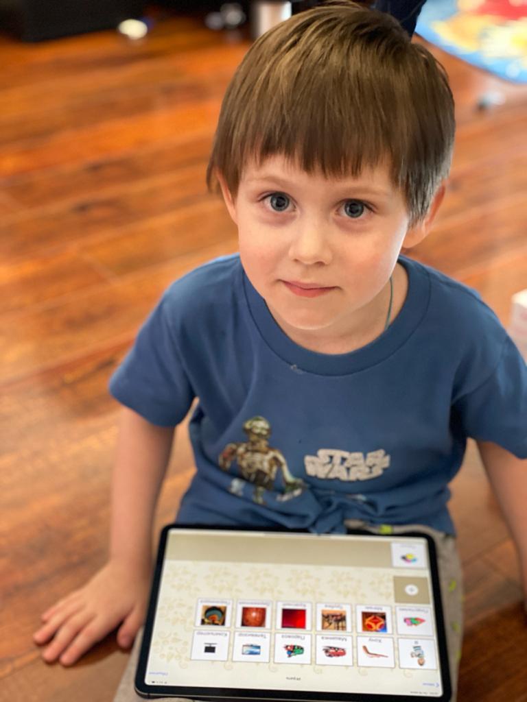 Бесплатное приложение-коммуникатор для мобильных платформ «Аутизм: Общение», изображение №2