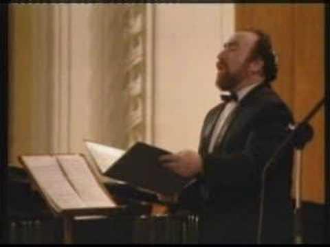 Baruch Finkelstein Sings Ba'avur Dovid