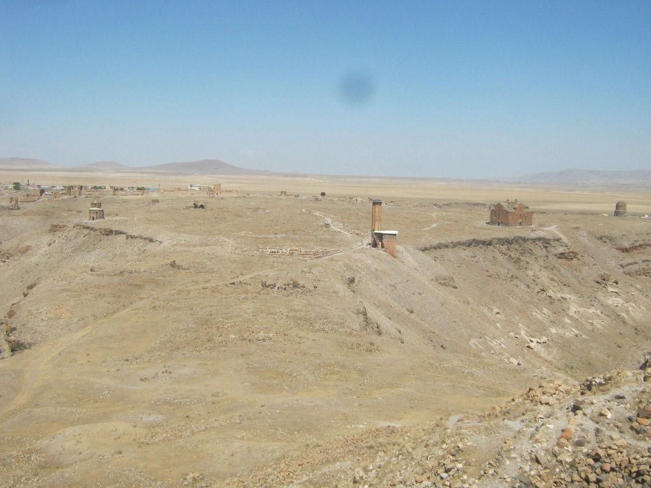 территория древнего города Ани