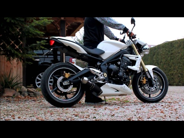 Triumph 675 Street Triple with Full 3 1 SC Project Exhaust no DB Killer FLAMES