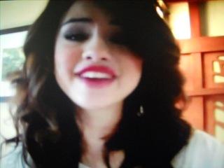 Selena-mary teefey-gomez im real not fake