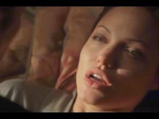 Angelina jolie hot / nightclick.org
