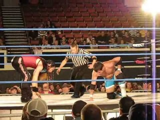 Chase Owens vs. Jason Kincaid @ TNA IMPACT WRESTLING -