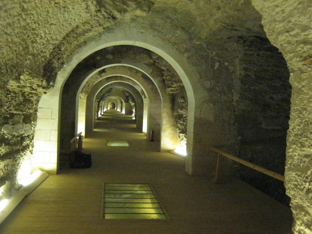 """В Саккара подземное """"кладбище"""" Серапеум"""