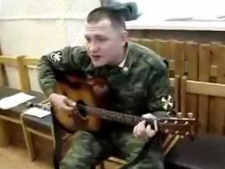 Шаришь (ВВ МВД РФ питается болтами)