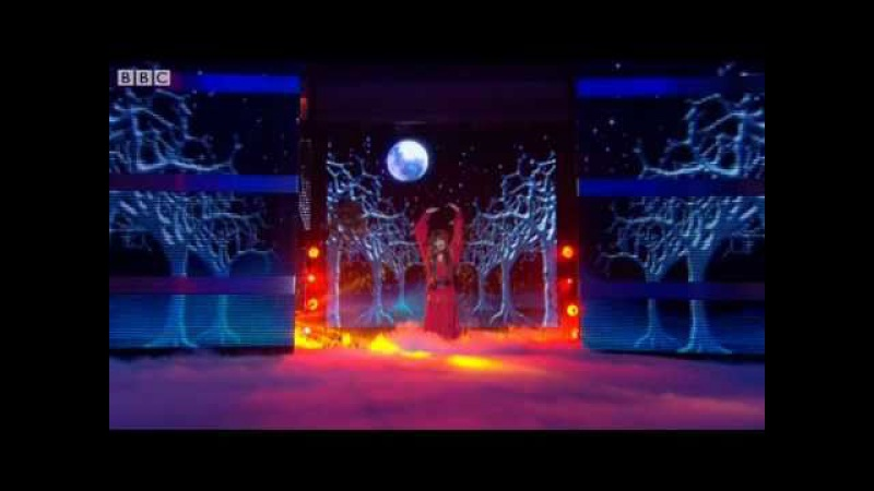 Noel Fielding does Wuthering Heights Let's Dance for Comic Relief 2011 Final BBC One