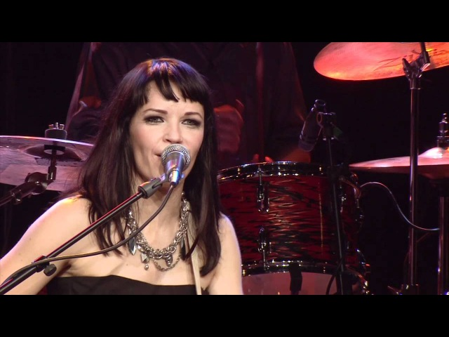 Erja Lyytinen - Oil And Water (teaser from Songs From The Road DVD)