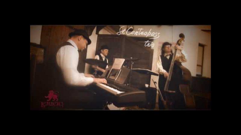 St.Contrabass trio: Blue Moon