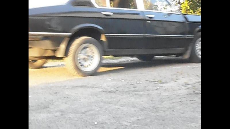 Виїзд Рарітєту 1978р 518 E12 ГБЦ BMW M10B18 L jetronic після ремонту Голови