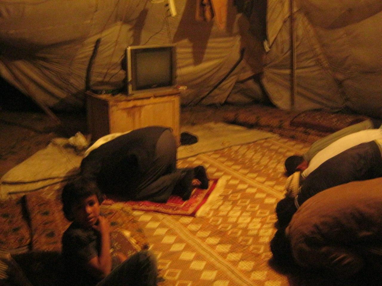 В палатке бедуинов провёл ночь