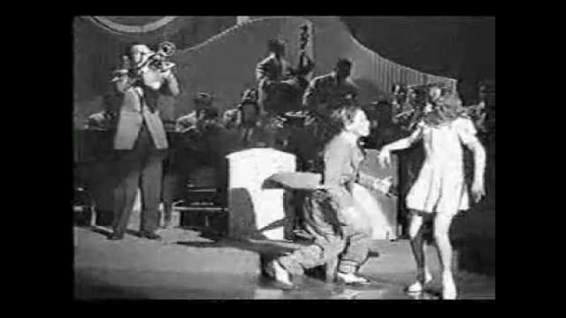 Swing Dancing Lindy Hopping Kids Jimmy Dorsey Orchestra 1942
