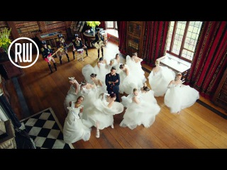 Robbie Williams   Party Like A Russian - Official Video