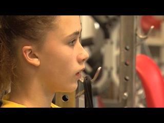 Спортивная надежда - тяжелоатлетка Ребека Коха