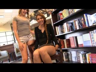 Kimmie & Mackenzie - Meet At The Mall (1)
