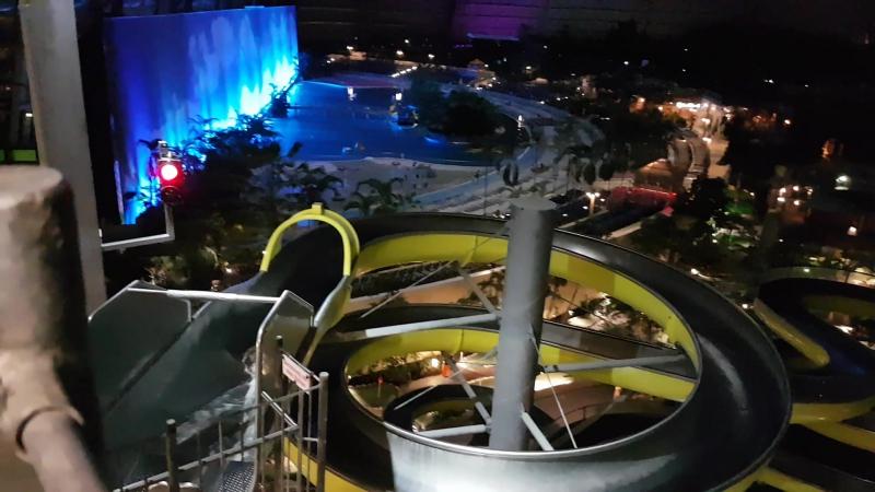Аквапарк в Берлине Tropical Islands – Крупнейший Крытый Аквапарк в Мире. Сентябрь2017 ) ) )