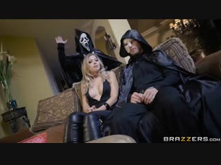 Zoey monroe trick and treat [blonde, cheating, sneaky, halloween, blowjob, doggystyle, missionary]