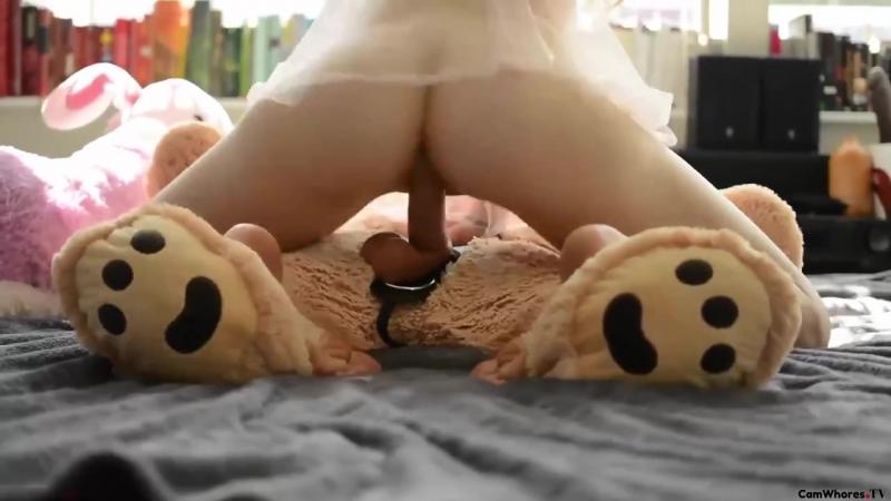 fucks-superhot-porn-teen-with-teddy-bear-selfshot-big-huge