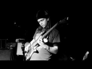 Cody Wright live Bass Solo 9/14/2017