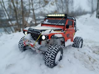RC Land Rover Defender  WOLF 1/10 Snow Road