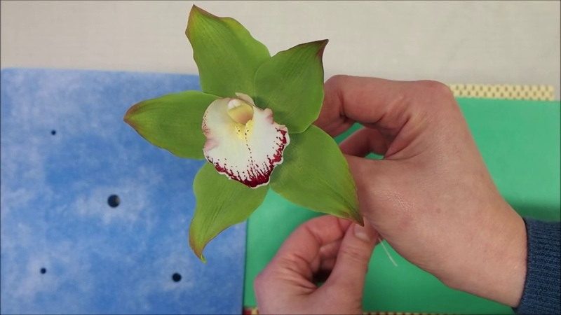 2 Sugar Cymbidium orchid Tutorial Návod na modelování orchideje cymbidium z cukrové hmoty