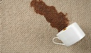 10 лайфхаков по удалению пятен с мягкой мебели