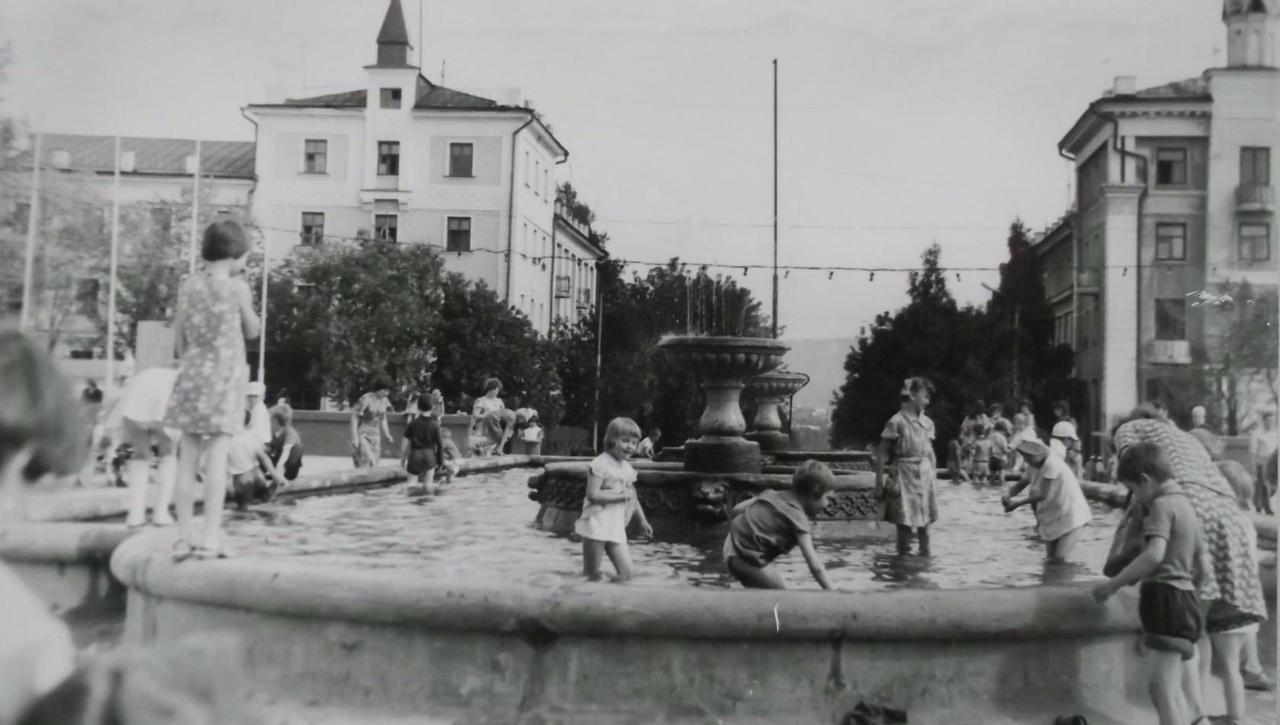 Загорск старые фотографии улица октябрьская несколько вариантов