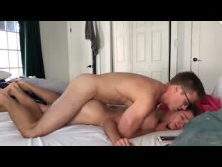 Blake Mitchell e o namorado