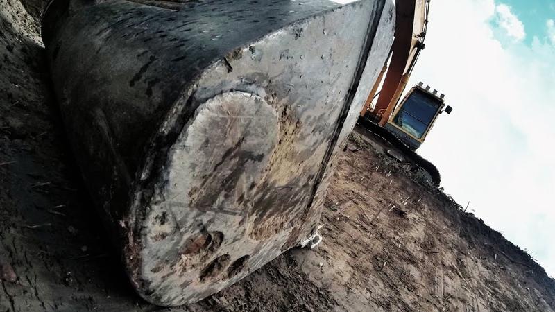 Digging A Ditch With The Hyundai 220 LC 9A Robex Excavator | Углубление Мелиоративного Канала