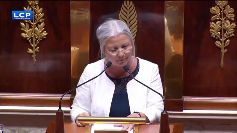 PMA Une parlementaire sensée dans l'hémicycle Agnès THILL à Agnès BUZIN