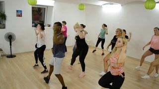 Урок реггетона в школе танцев Ritmo Latino
