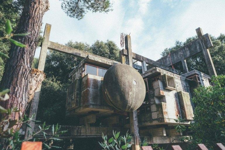 Интересные места нашей планеты Заброшенный дом Casa Sperimentale (Италия), изображение №1