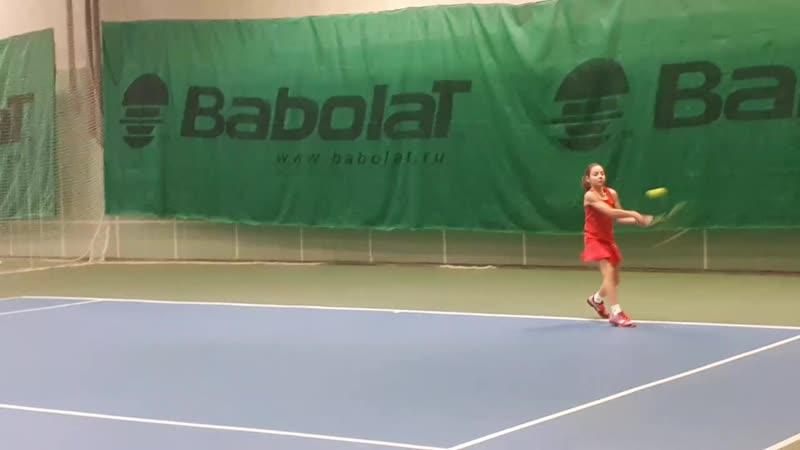 Тренировка по теннису