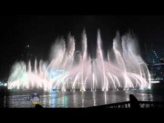 Поющие фонтаны в Дубае 2015 под Аллу Пугачеву - Любовь похожая на сон. Dubai Dancing fountain 2015.