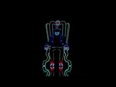 Dança com luzes de neon