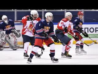 Хоккей. Финал VIII Фестиваля Ночной хоккейной лиги в Сочи. 14 мая