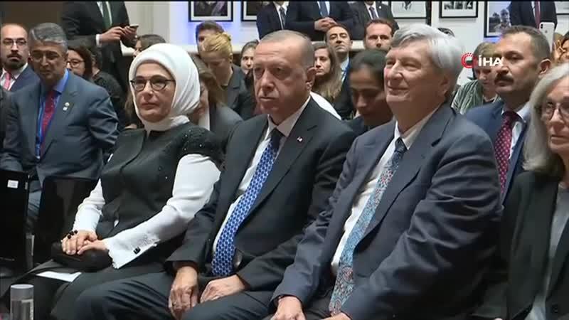 Ara Güler Sergisi Cumhurbaşkanı Erdoğanın Katılımı ile New York'ta Açıldı.mp4