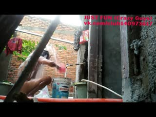 Spy bath indonesia член хуй голый naked nude cock penis outdoor