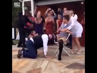Прикол над мужем на свадьбе